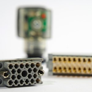 Rack and Panel Connectors